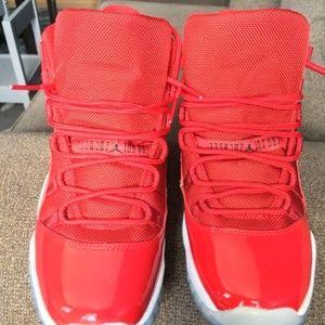 Jordan Retro 11 Red Sneakers